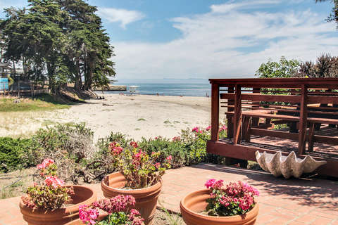 170/Lyn's Beach Cottage *Ocean Views* photo