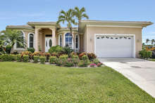 Marco Naples Vacation Rentals - GRM212 photo