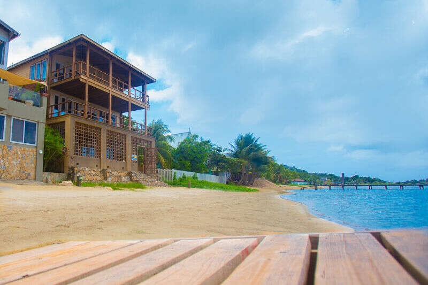 Turtle Casa Beach Suite photo
