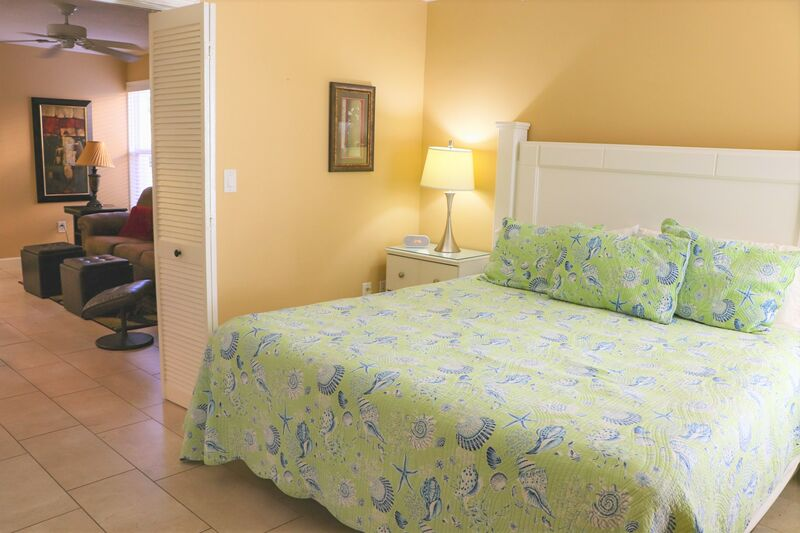 Siesta Beach House #104 Beautiful Updated Unit