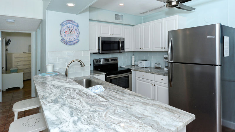Siesta Beach House #210 Beautiful updated Unit