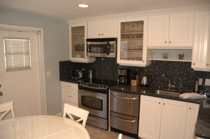 Siesta Beach House #311 Beautiful updated Unit