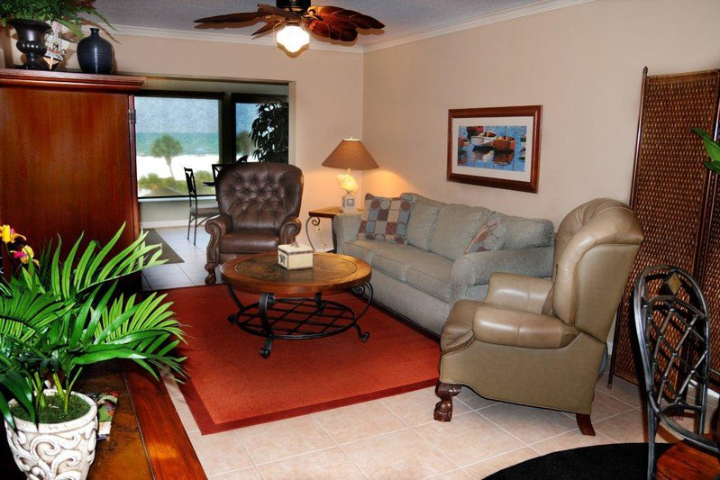 Sunset Royale - 304- Close to Beach and Siesta Village