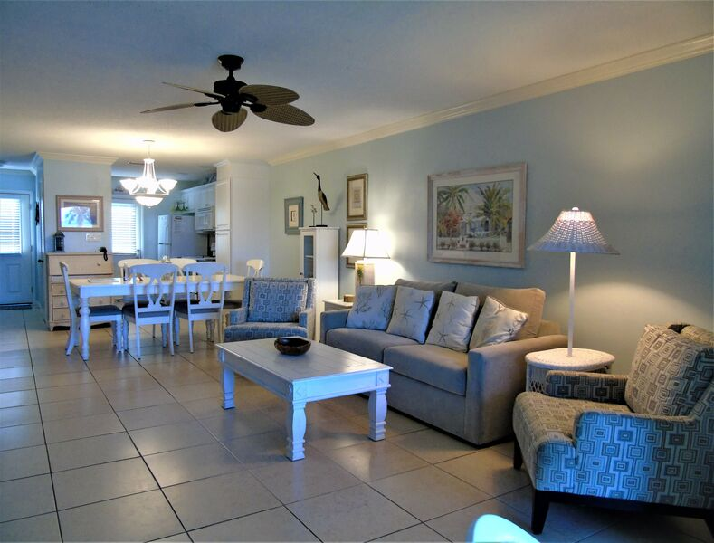 Sunset Royale - 212- Close to Beach and Siesta Village