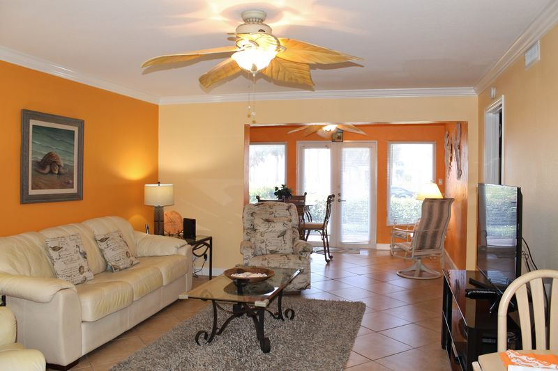 Sunset Royale - 106- Across from Siesta Key Beach with Fantastic