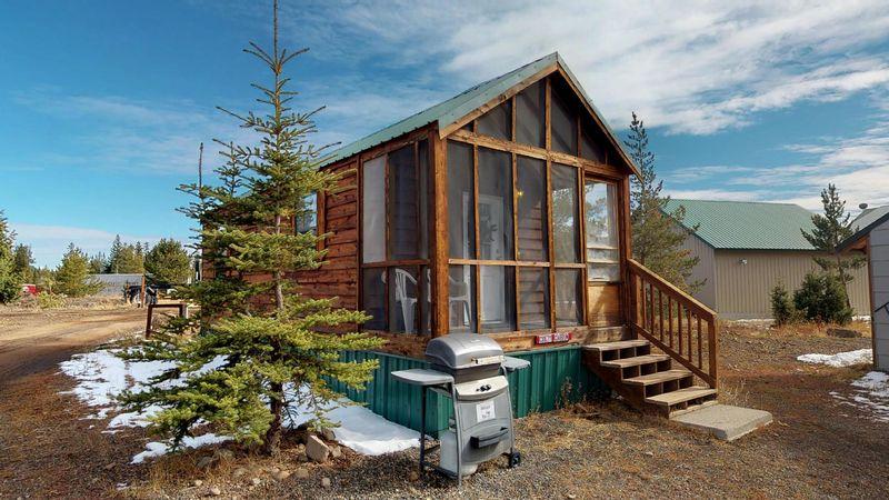 park img idaho yellowstone island lodges and rentals cabins cabin