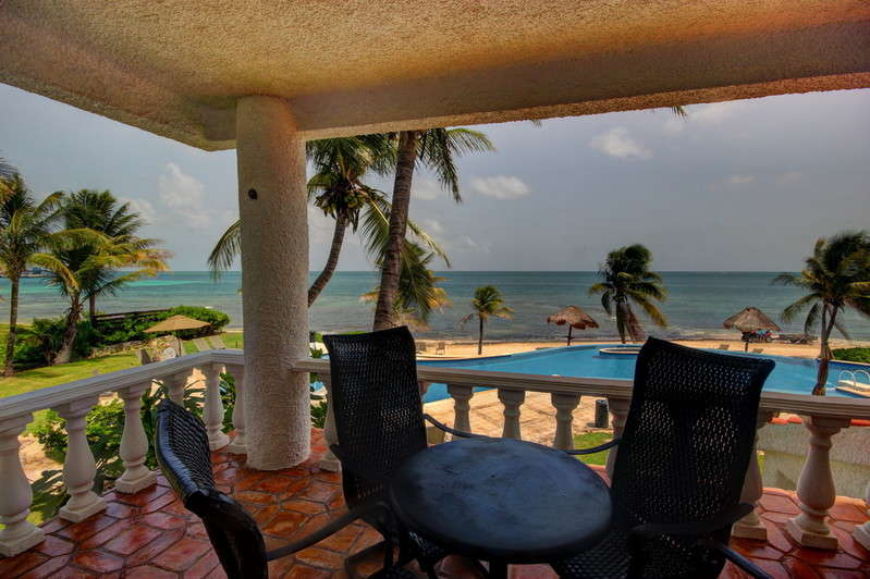 213006 - Newly renovated 2 Bedroom/2 Bath Condo Directly Ocean Front! photo