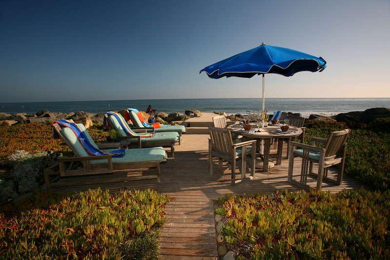 Driftwood Beach Retreat