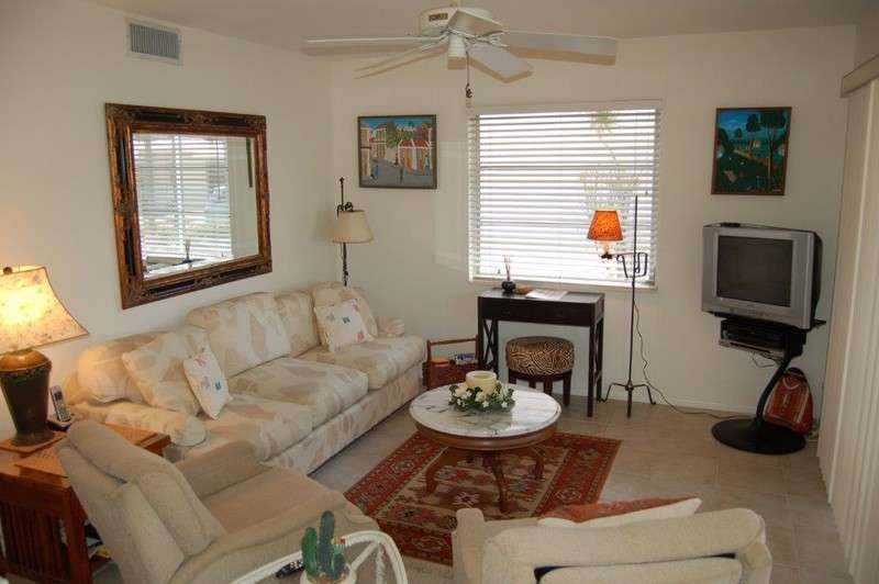 TROPICAL SANDS ACCOMMODATIONS, LLC - Aloha Kai - Unit 9-close to the pool! photo