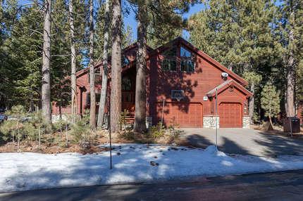Pine View Lodge photo