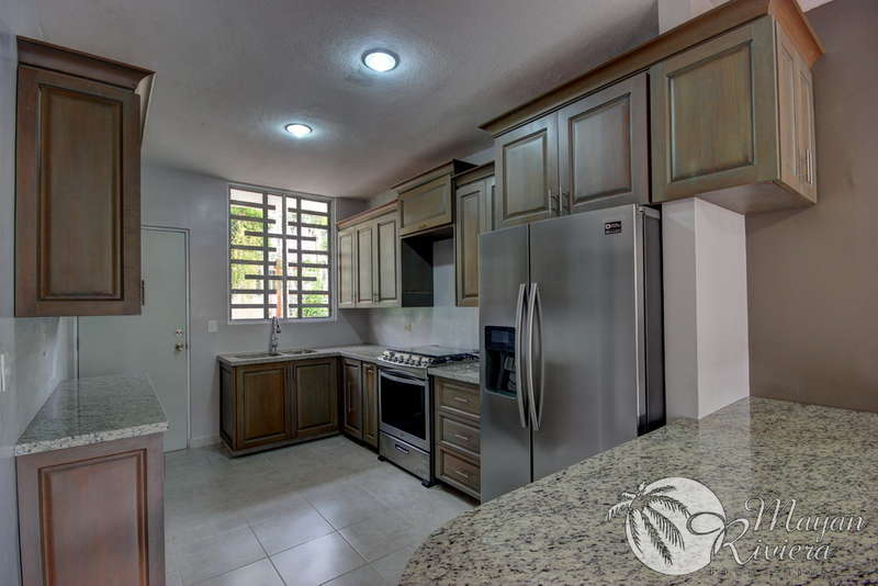211088 - New 4 Bedroom Home, Gated Community with Pool photo