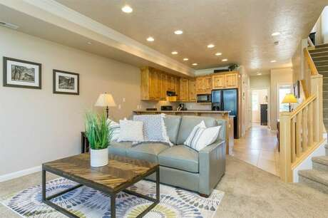 Lakeside Unit 40A | 1 Bed photo