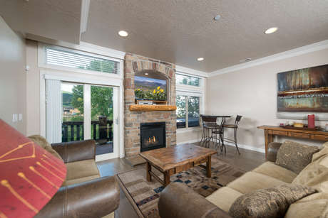 Lakeside Unit 46 | 2 Bed photo